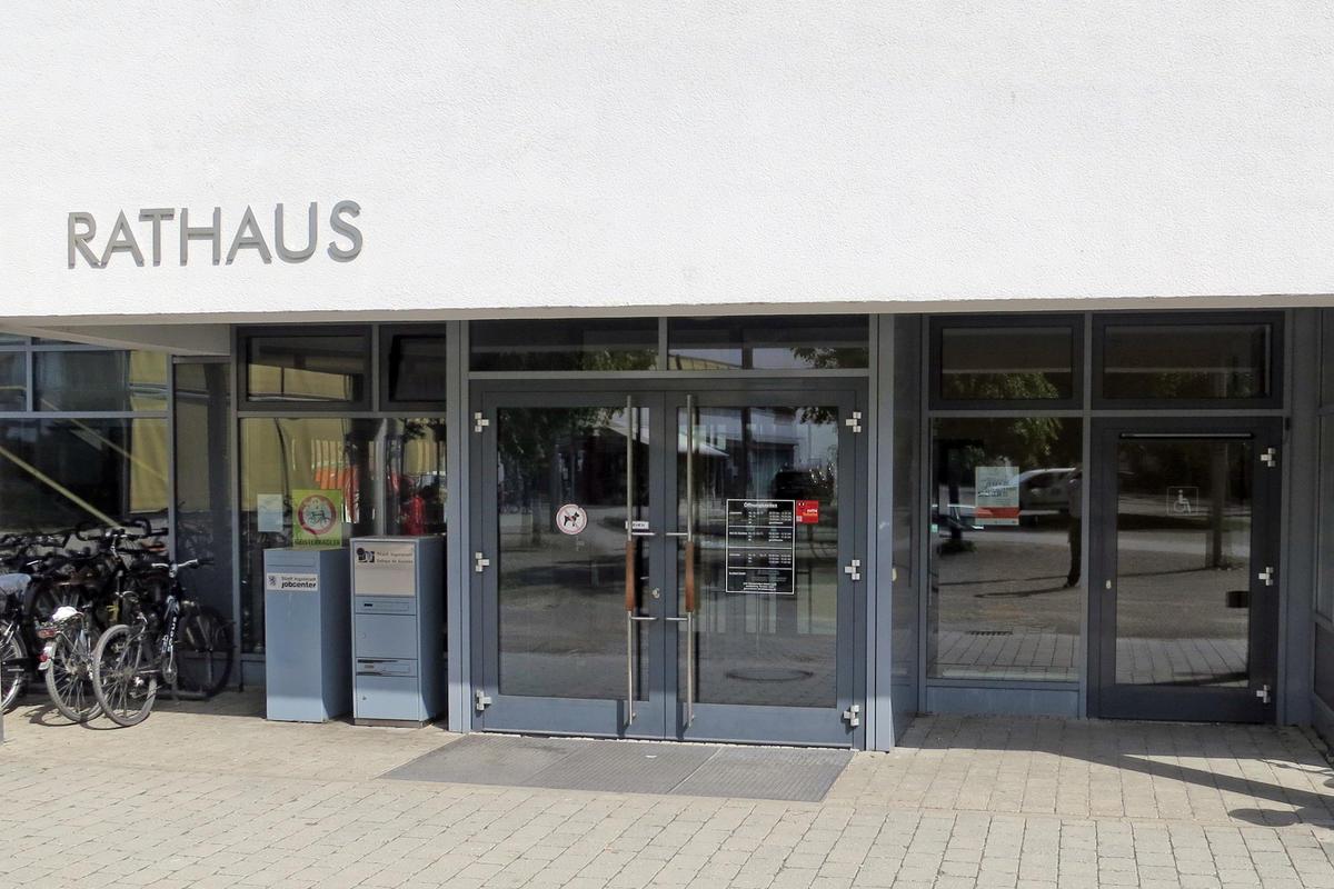 Soziales Rathaus Eingang mit barrierefreien Zugang