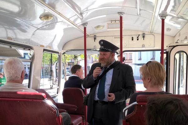 Foto Stadtführung im Nostalgiebus