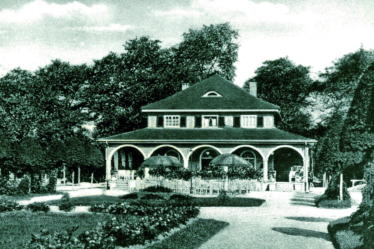 Foto: Das Parkcafé im Luitpoldpark, historische Aufnahme